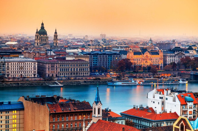budapest-travel-guide-01